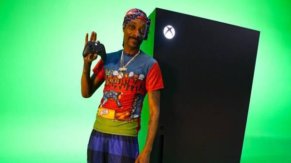 Когда мем становится реальностью: Microsoft выпустила ролик с демонстрацией холодильника в форме Xbox Series X