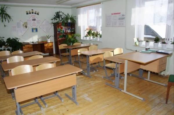 В Приморье школьник угрожал учителю убийством из-за тройки по английскому