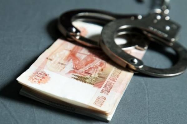 Троих сотрудников омской Росгвардии обвинили в получении взяток