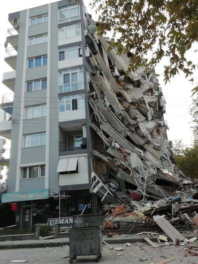 Количество жертв землетрясения в Турции выросло до 35