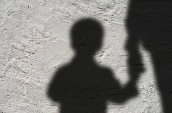 Под Волгоградом родители сняли на видео, как «изгоняют бесов» из сына