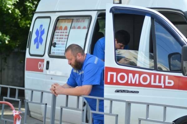 В Приамурье при столкновении иномарки с поездом погиб человек