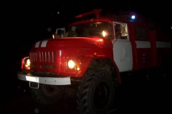 В Кировской области при пожаре погибли двое взрослых и двое детей