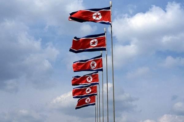 Гражданин КНДР перепрыгнул через трёхметровый забор ради побега из страны