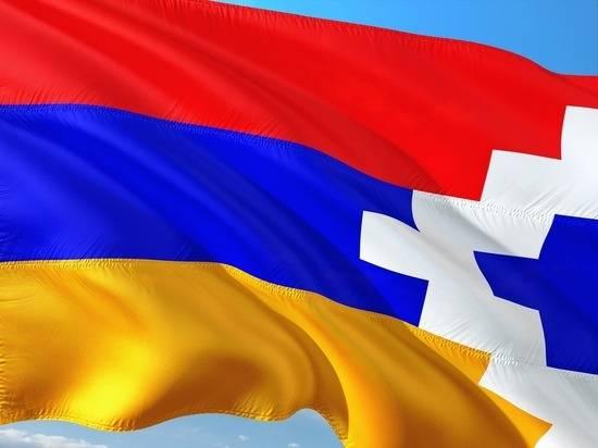 МЧС контролирует распределение гуманитарной помощи в Карабахе