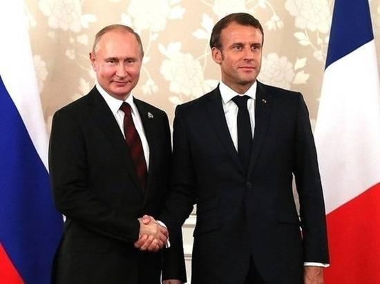 СМИ: российские власти в ярости из-за утечки переговоров Путина и Макрона