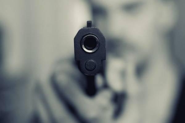 Житель Калининграда устроил стрельбу возле жилого дома