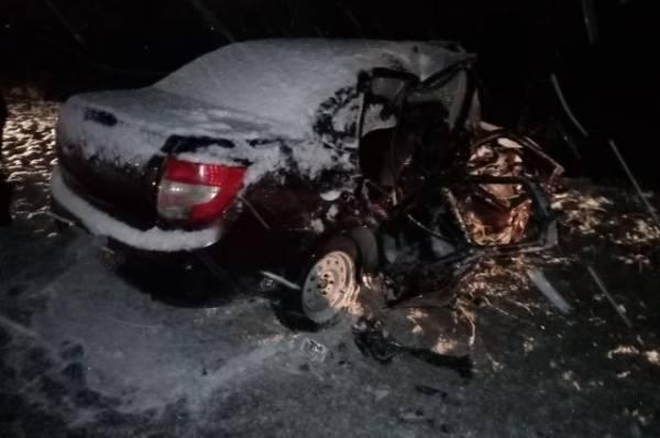 Под Оренбургом в ДТП с участием двух машин пострадали пять человек