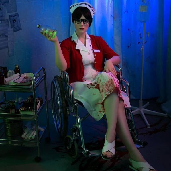 """""""Вау, идеальная"""": Россиянка показала потрясающий косплей медсестры Татьяны из The Evil Within: """"С возвращением, детектив"""""""