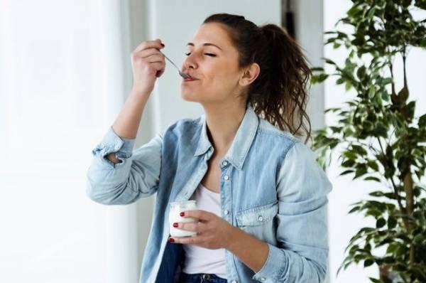 Йогурт или ягурт? Как его выбирать, и чем он полезен реально