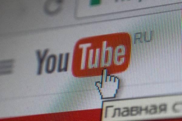 Российский блогер провел стрим с умершей девушкой