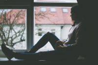 Настроение меняется внезапно. Как жить с «биполяркой»?