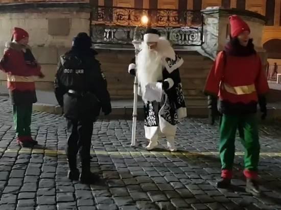 Деда Мороза оштрафовали на 10 тысяч за пикет в поддержку Нового года