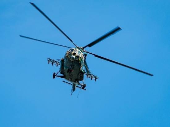 Четыре человека погибли при крушении военного вертолета в Пакистане