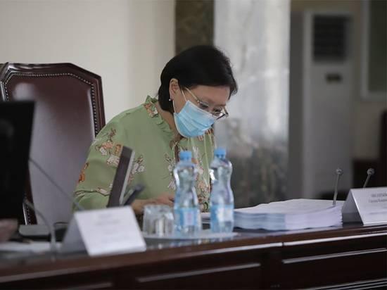 Депутаты гордумы Якутска утвердили отставку мэра Авксентьевой