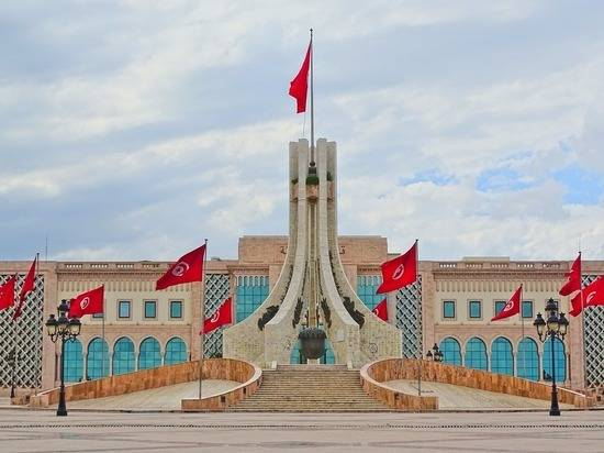 В правительстве Туниса сменили сразу 11 министров