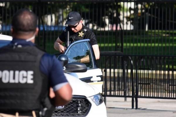 В США отпустили мужчину, задержанного при попытке проникнуть в Капитолий