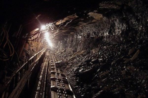 В Туве при обрушении выработки на шахте погиб рабочий