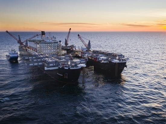 «Северный поток - 2» остался без страховки: как «Газпрому» закончить долгострой