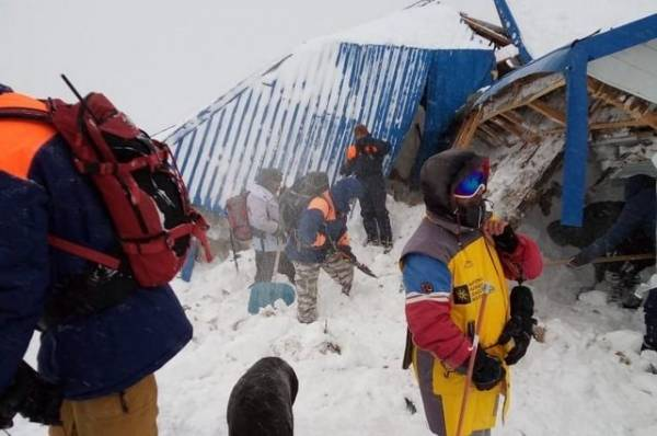 При сходе лавины в КЧР погиб глава федерации горнолыжного спорта «Домбай»