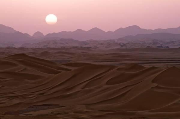 В Алжире и Марокко в пустыне выпал снег