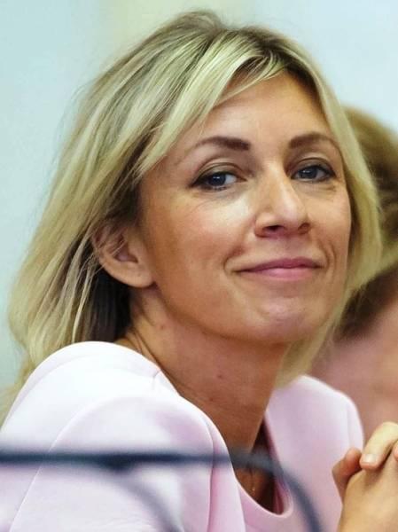 Захарова прокомментировала решение лишить Минск чемпионата мира по хоккею