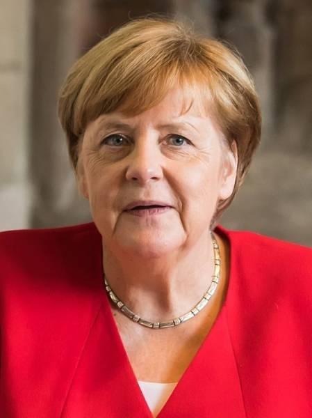 Меркель выступила за сотрудничество с Россией в борьбе с пандемией