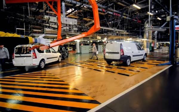 Lada Largus FL: началась серийная сборка всех вариантов