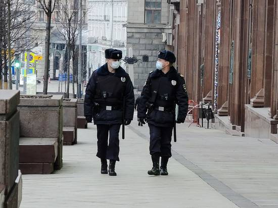 Мошенники стали грабить россиян, правдоподобно представляясь полицией