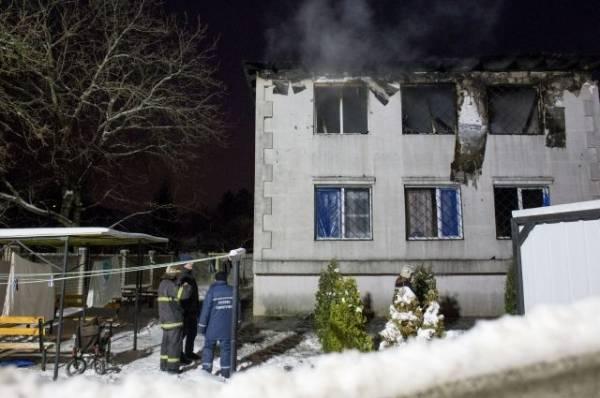Возможной причиной пожара в доме престарелых в Харькове считают поджог