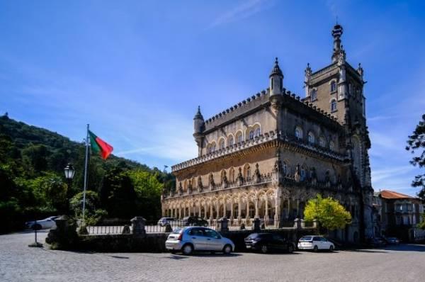 В Португалии мужчина и женщина пострадали в результате взрыва