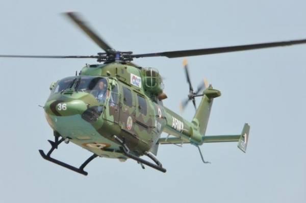 В Индии при жесткой посадке военного вертолета погиб пилот