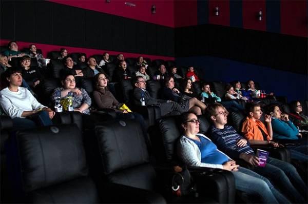 Кино против карантина. Как кинотеатры выживают в пандемию