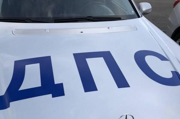 Свыше 30 автомобилей столкнулись на трассе под Симферополем