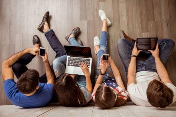 Человеческий контакт. Потребление цифровых услуг — признак бедности?