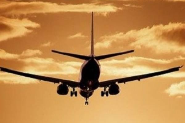 Boeing 757 совершил вынужденную посадку в США