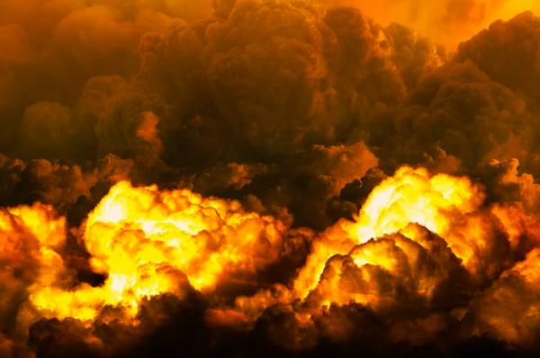 Из-за ДТП с участием поезда и грузовика в Техасе произошел взрыв