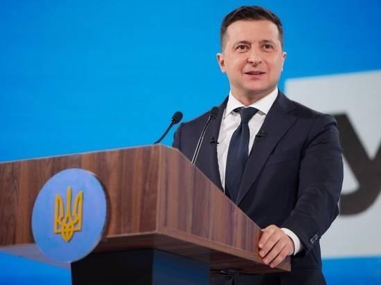 Политолог объяснил резкую смену курса Зеленским, угрожающую «русскому миру»