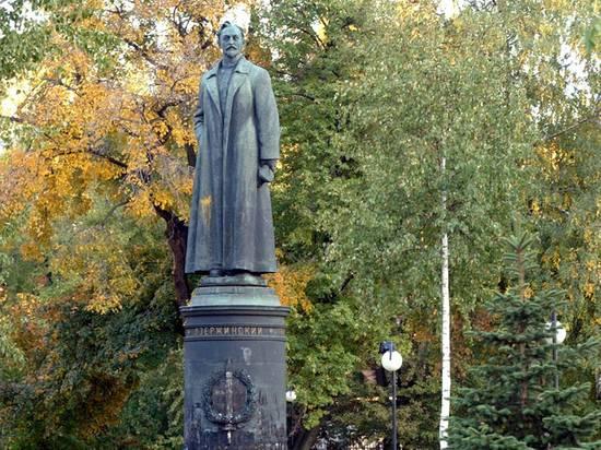Послесловие к неудавшемуся возвращению Дзержинского на Лубянку