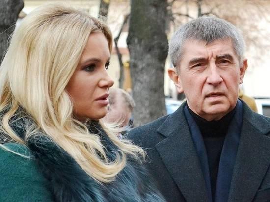 Премьер Чехии заявил, что его семье угрожали убийством из-за карантина