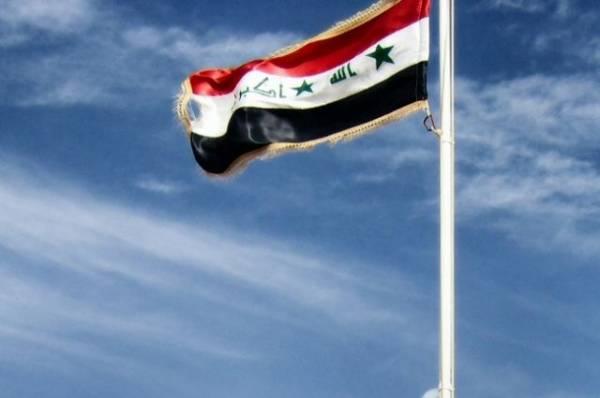 СМИ: в Ираке при взрыве заминированной машины погибли семь человек