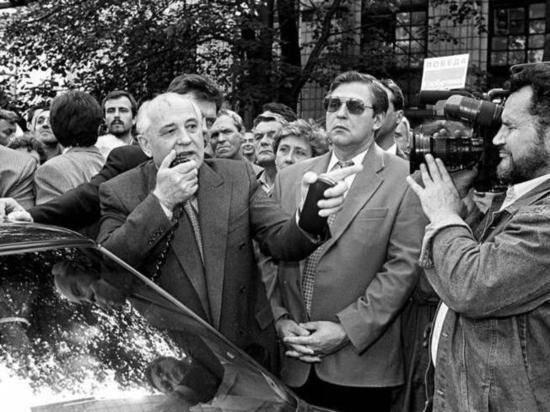 Президент Германии поздравил Горбачева с 90-летием