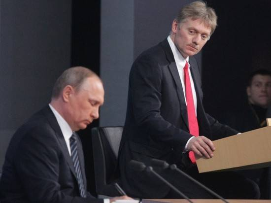 Песков заявил, что Путин не собирается изолироваться после заражения помощника