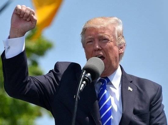 Трамп выступил против переизбрания сенатора, поддержавшего импичмент