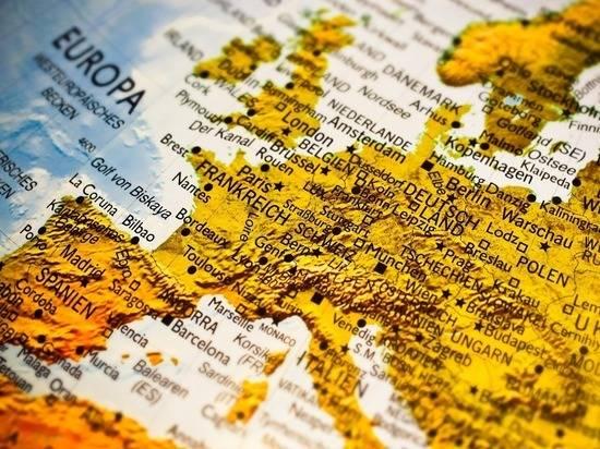ФРГ и Франция призвали прекратить эскалацию конфликта в Донбассе