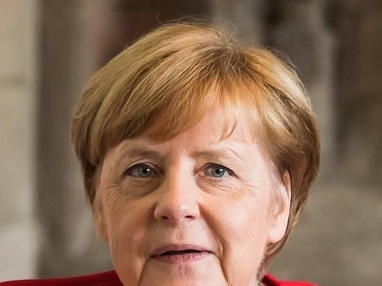 Меркель поддержала инициативу ввести жесткий локдаун в Германии