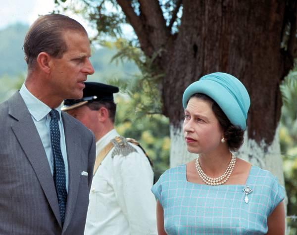 Меган Маркл отказалась лететь на похороны принца Филиппа