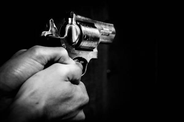 Мужчина устроил стрельбу в магазине на юге Миссури
