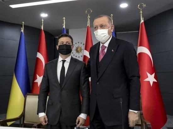 Эрдоган пообещал Зеленскому не признавать присоединение Крыма к России