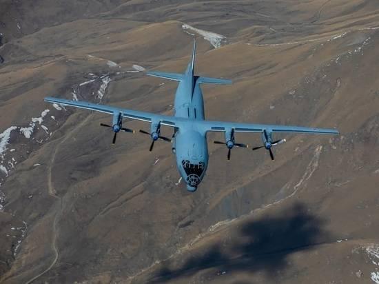 Военно-транспортная авиация отработала условное десантирование в горах
